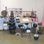 Pete Wyatt's Vintage Dutch Oven and Iron Cookwear Display
